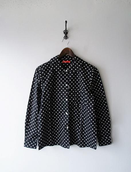 丸襟水玉シャツ