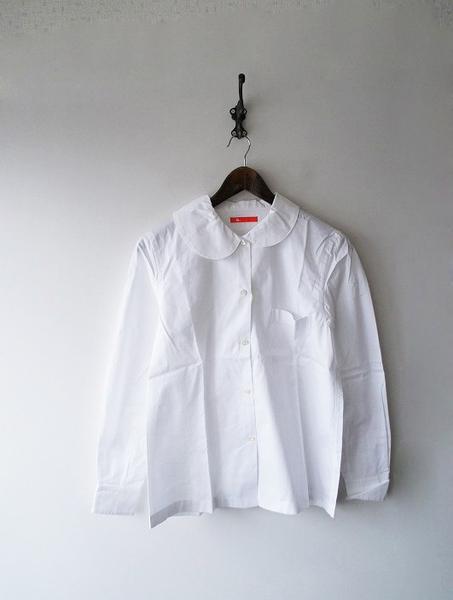 襟変形シャツ