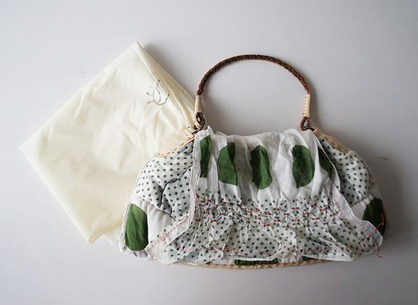 ebagosドット柄中綿入りハンドバッグ