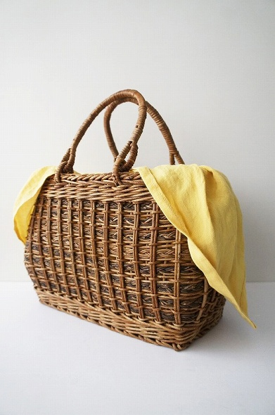 天然素材手編みリネン巾着付きかごバッグ