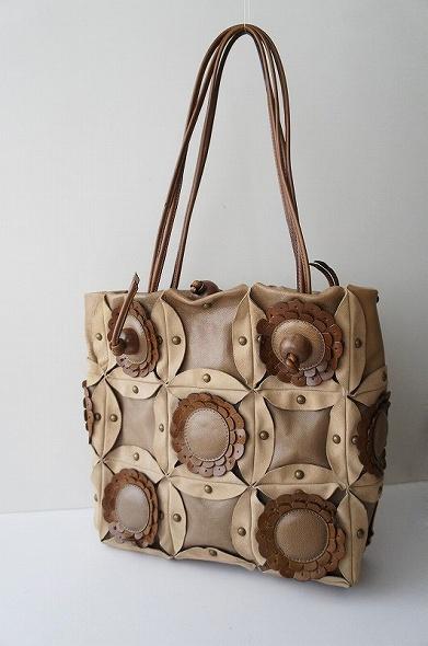 フラワーレザーハンドバッグ