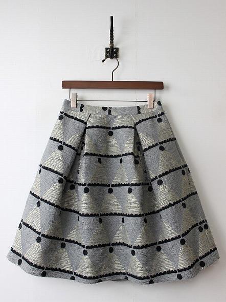 モンブランジャガードスカート