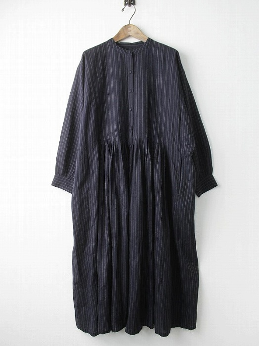 INVERTED PLEAT BANDED SHIRT DRESS