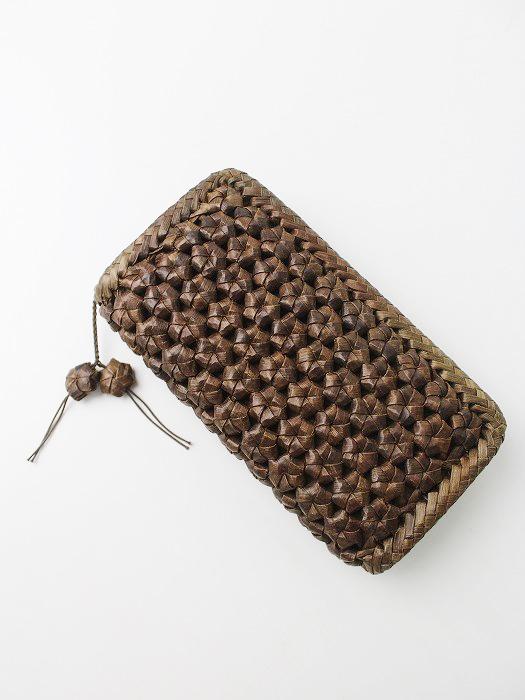 山くるみ 花編み 長財布