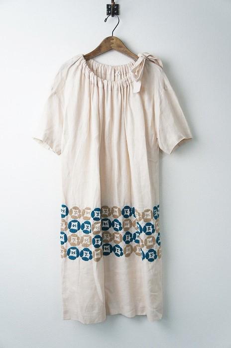 dear フラワー刺繍リネンワンピース