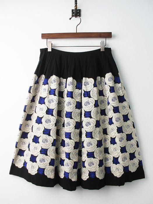 ta5934 Rosas フラワー刺繍フレアスカート