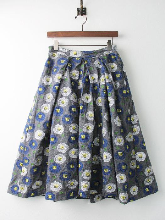 EMB ツバキ 刺繍 タック ロング スカート